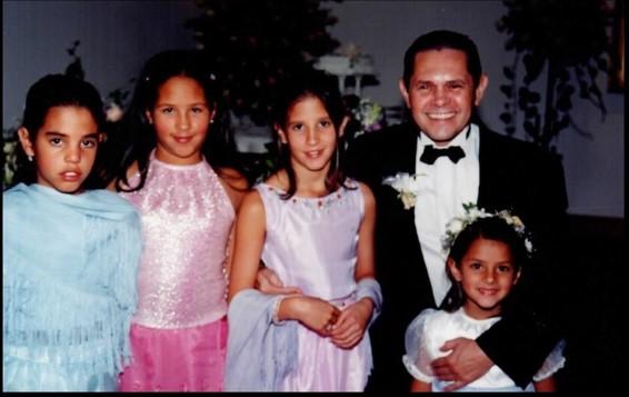 Carlos Mattos y su familia